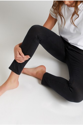 Calcium Washed Black Ankle Grazer